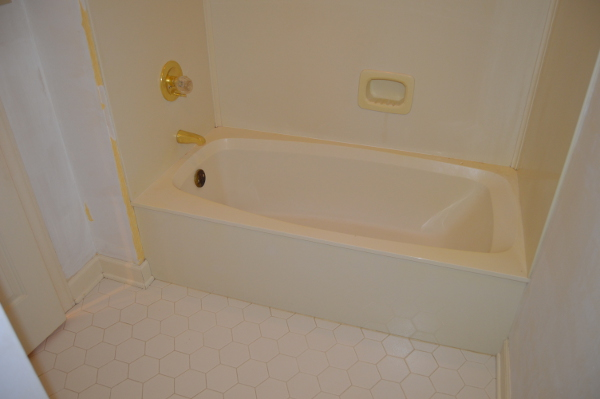 Before Shot of Guest Bathtub
