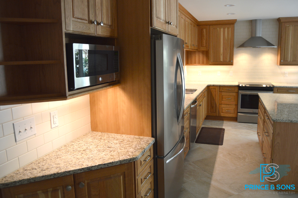 Side view of kitchen cabinets 1